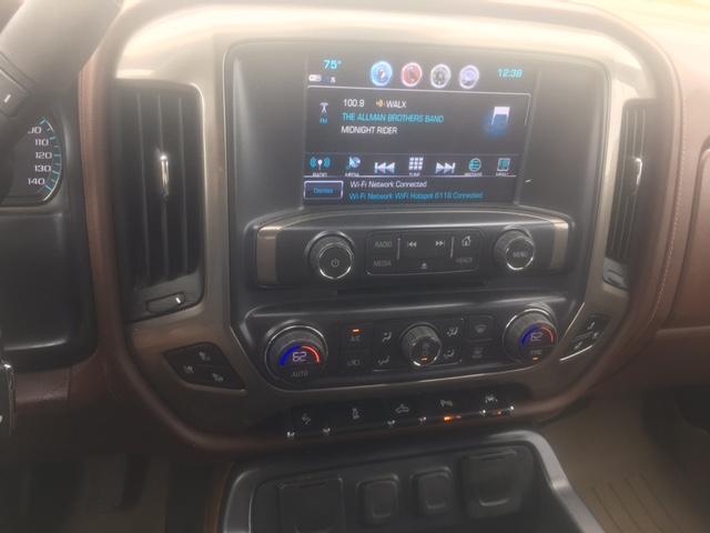 2017 CHEVROLET SILVERADO CREW CAB Z71 HIGH COUNTRY (CJN)